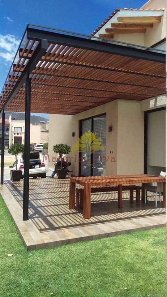 P rgolas de madera acero aluminio vidrio y m s for Porche jardin madera