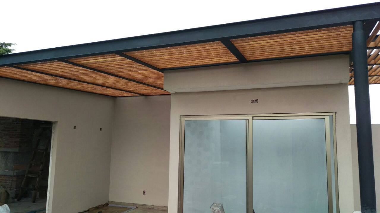 P rgolas de madera acero aluminio vidrio y m s for Techos de casa economicos