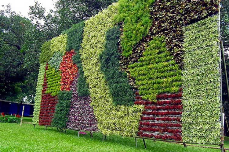Muros verdes artificiales para exterior e interior for Muros y fachadas verdes jardines verticales