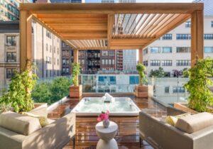 Pérgola en Roof Garden de Madera con vidrio