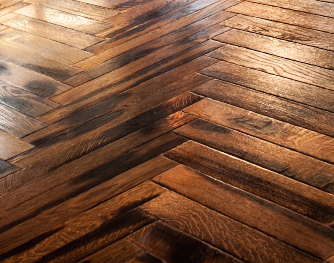 Piso parquet de madera