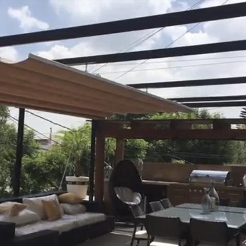 Pergola Con Toldo Para Roof Garden